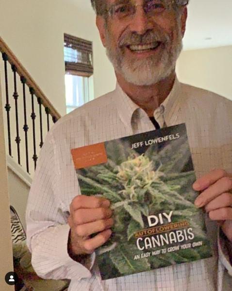 DIY Autoflowering Cannabis book